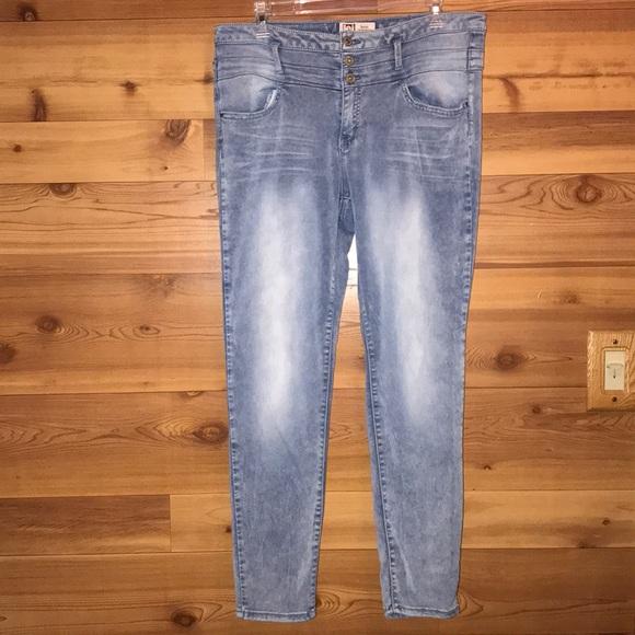 4dce2ec77e612 lei Jeans | 310 Sale Tatum Jegging | Poshmark